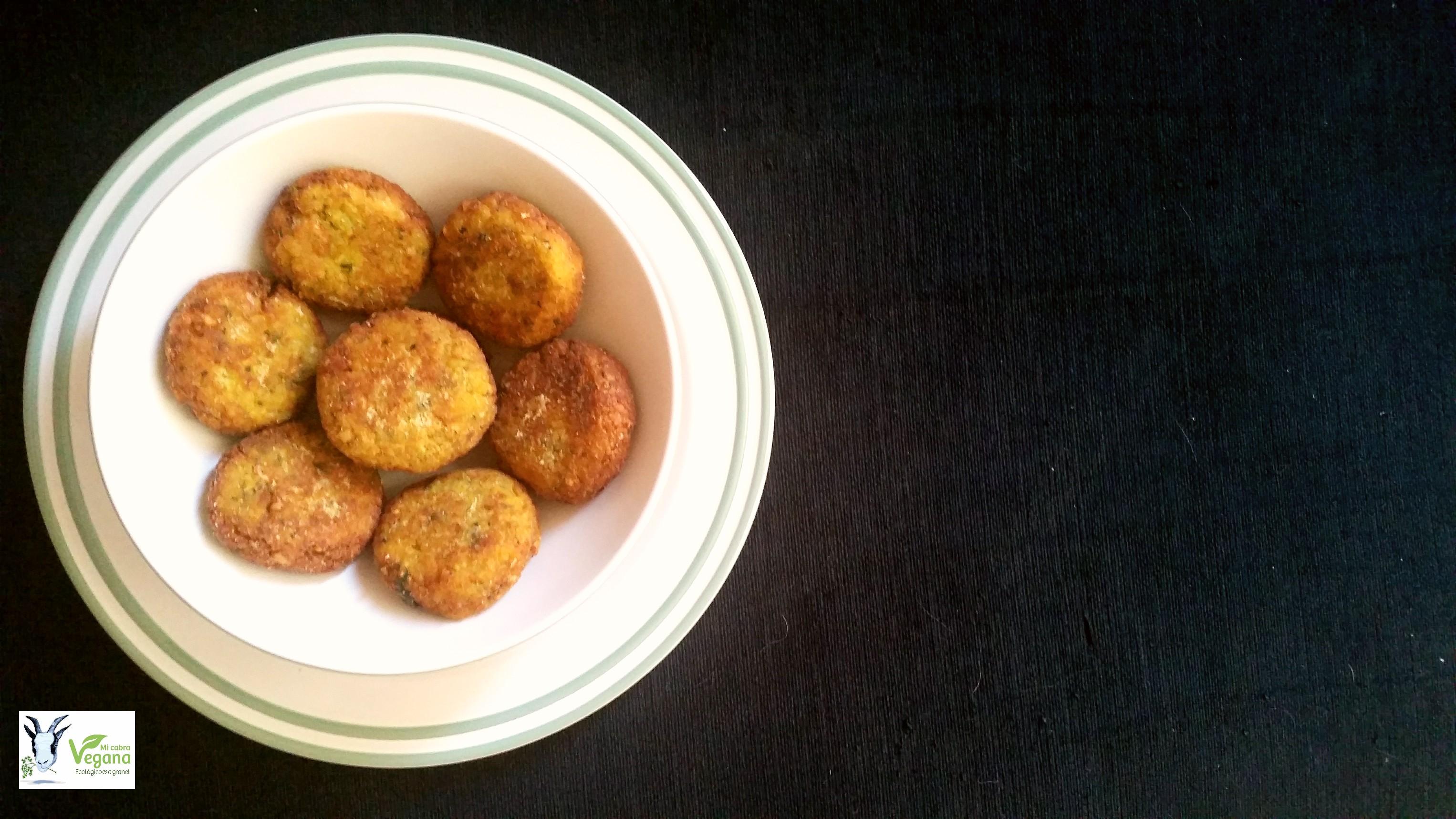 falafel, croqueta de garbanzo