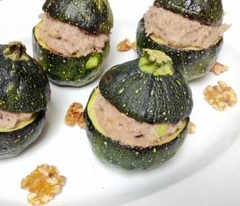 calabacines rellenos veganos de verduras